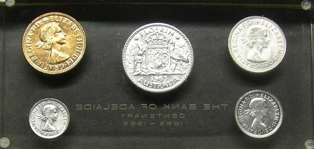 Fig. 1, Front and back of The Bank of Adelaide paperweights.